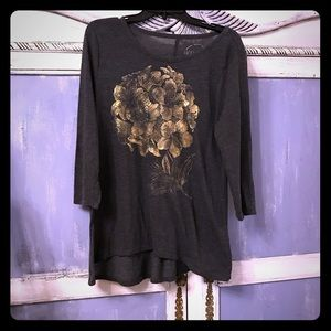 Lucky brand Large shirt with gold flowers